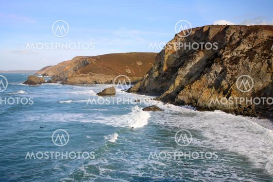 High tide surf waves at Trevaunance Cove, St. Agnes,...