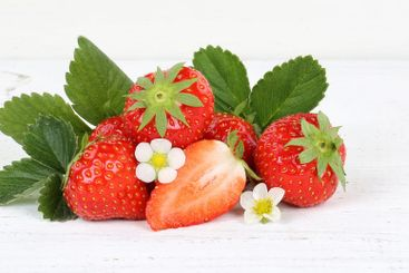 Strawberries fruits strawberry leaves banner copyspace...
