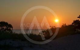 Solnedgång vid en strand på Gotland 7