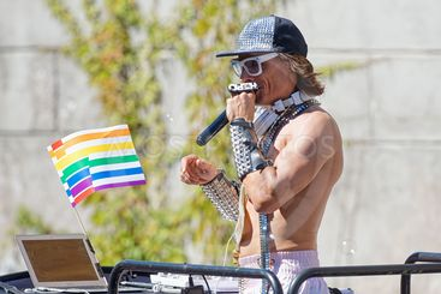 Peter Siepen as discjockey at the Pride parade