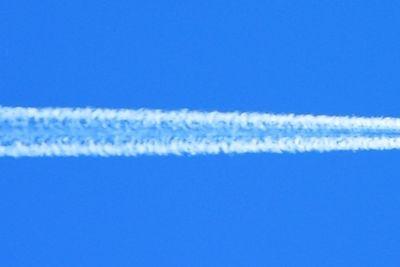 Flygplan på höjd
