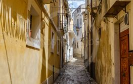 Scicli (Sicily): characteristic alleys