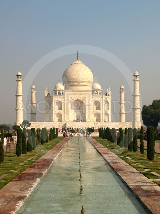 Beautiful white marble of Taj Mahal