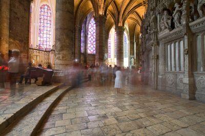 france; chartres : cathédrâle; intérieur