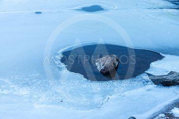 Is på älven