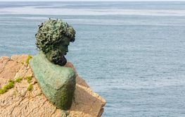 Philippe Cousteau bust seaside Anchor Museum, Asturias,...