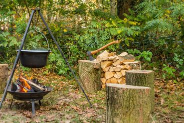 Outdoor cooking on open fire