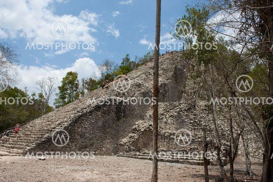 coba piramids and ruins