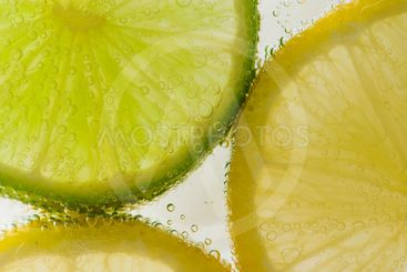 Fruit slices in bubbly water