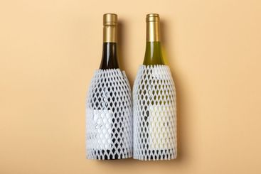 two bottles of Wine with carrying cover