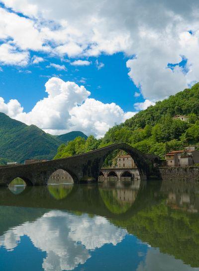 An der Ponte della Maddalena, Ponte del Diavolo...