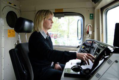 Kvinnlig lokförare