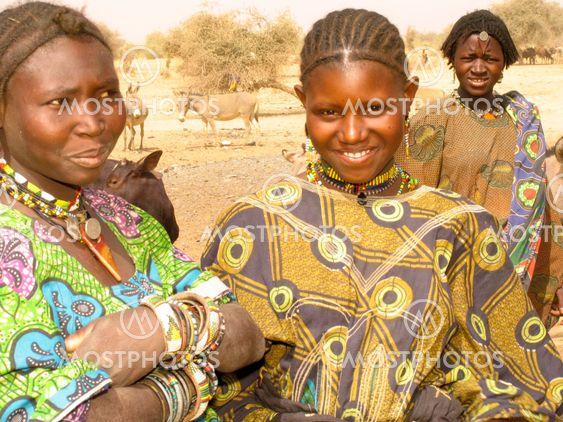 Touareg Girls