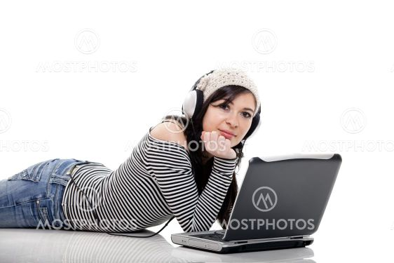 Listen Music with a Laptop