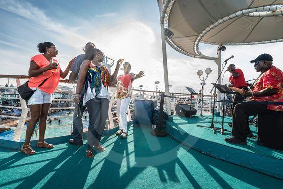 Livemusik på Royal Caribien