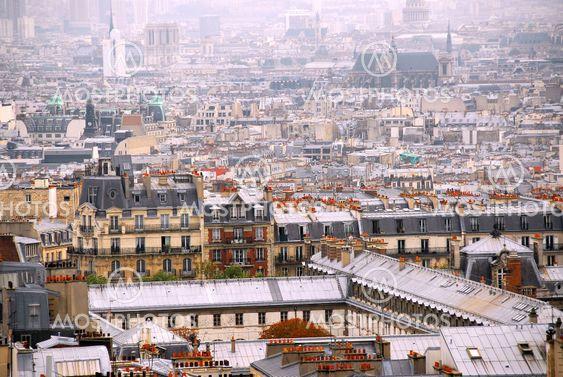 Paris hustak
