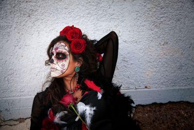 Dia De Los Muertos Lady with Roses