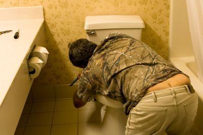 plumbers butt crack