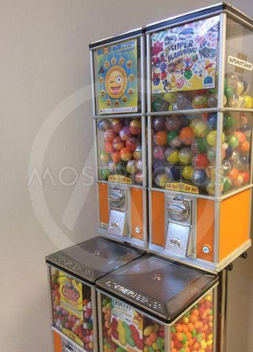 Leksaks och godisautomater