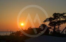 Solnedgång vid en strand på Gotland 8