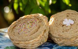 Mocka bakelse Mocha portion pastry with frosting -...