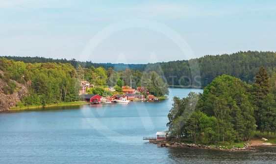 The channel to Fredriksborg fortifaction in the swedish...