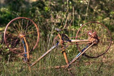 rusty bicycle hdr
