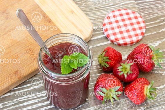home made strawberry confiture