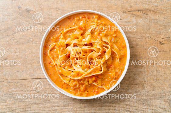 fettuccine pasta with creamy tomato sauce