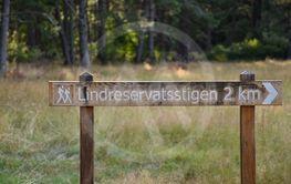 Skylt i Lindreservatet på norra Öland