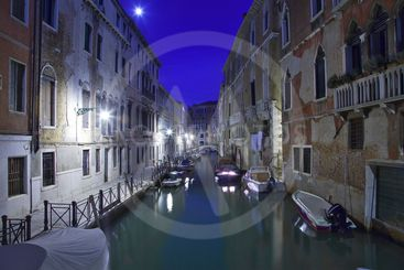 italy,venice : san marco by night