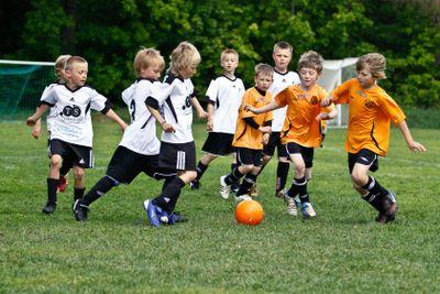Fotbollsmatch Hovsta IF bild 4