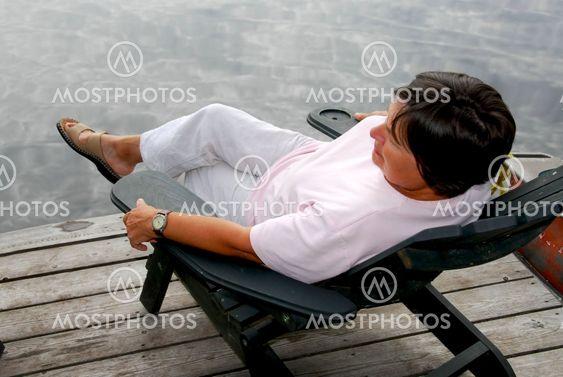 Kypsät nainen rentoutua