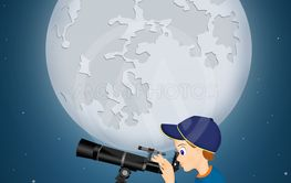 child look in the telescope