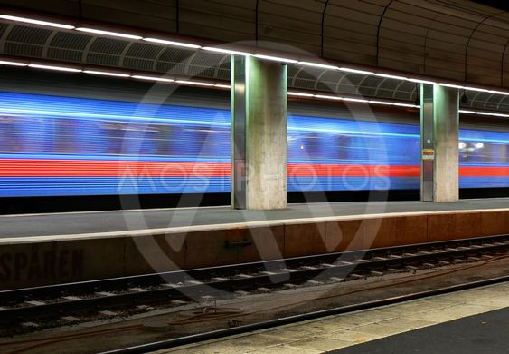 SJ tåg avgår från Stockholm C