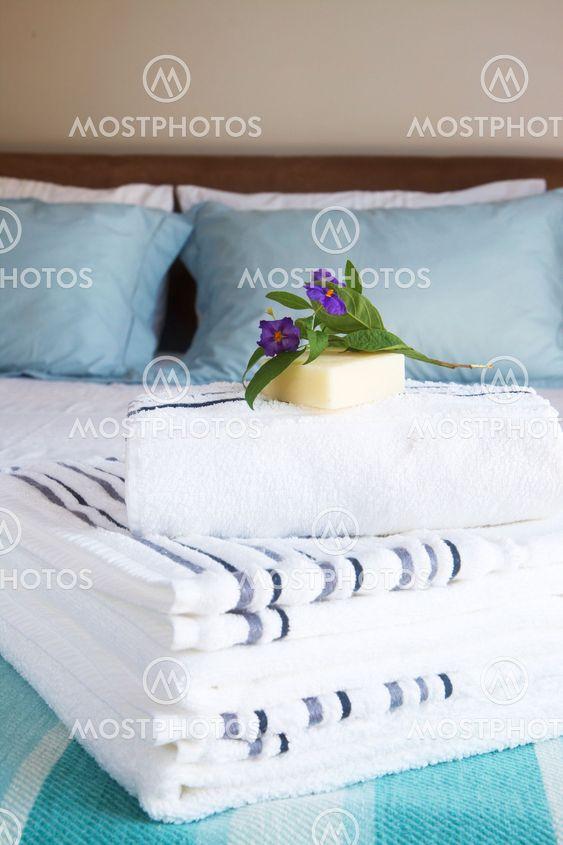 Smukke soveværelse interiør