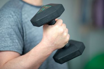 Training with dumbbells at home