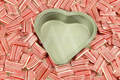 Heart tin, candy