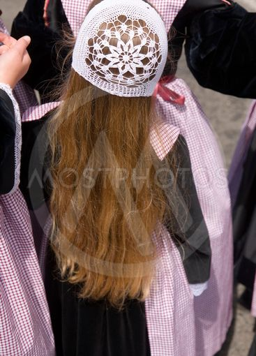 brittany,belle-île island :  traditionna brittany headdress