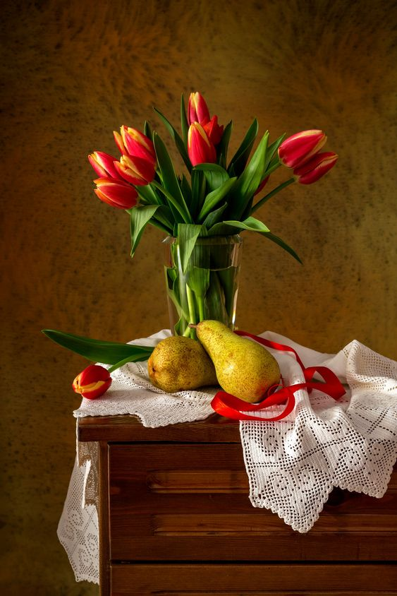 Still Life with tulips and pears