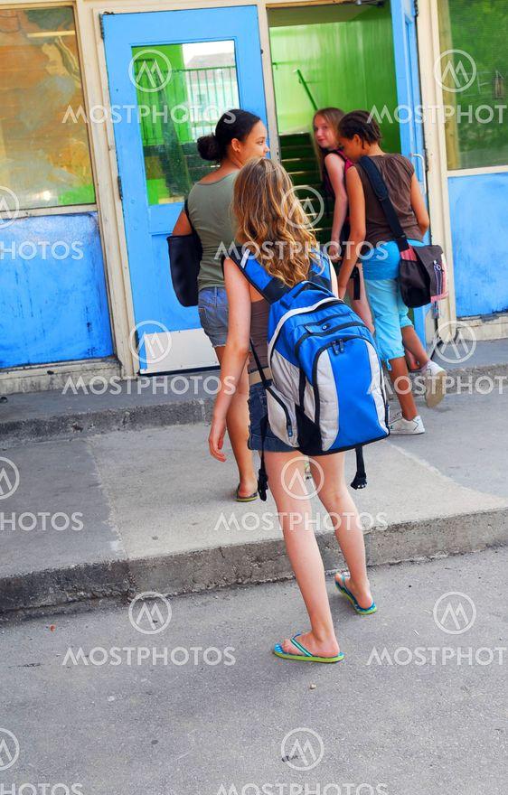 Skole piger