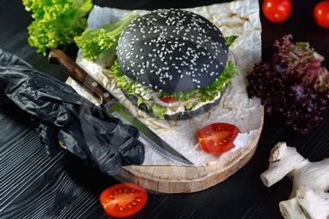 Black Burger with Tomatoes and Peking Cabbage