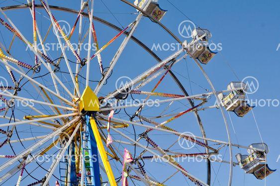 Karnevaali-maailmanpyörä