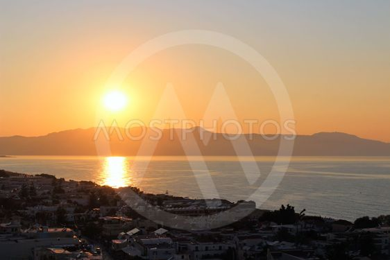 Solnedgång över Platanias