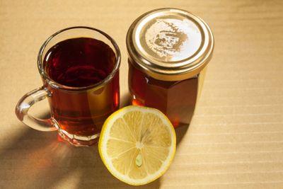 Black tea with honey and lemon