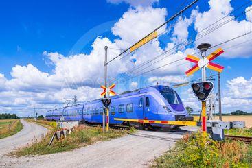 Skånetrafikens pågatåg till Kristianstad vid en...