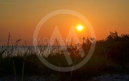 Solnedgång vid en strand på Gotland 12
