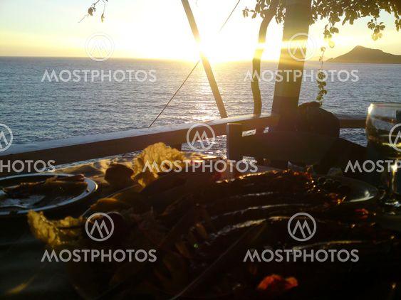 Corfu solnedgång feest