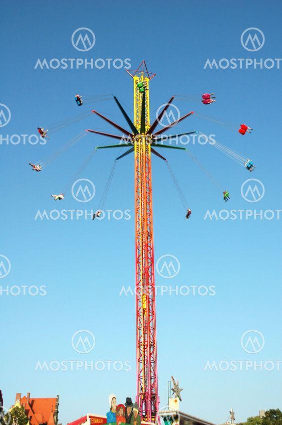 Swinging Ride på Amusement Park