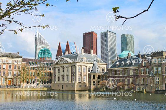 Binnenhof Palace - Dutch Parlamen against the backdrop of...
